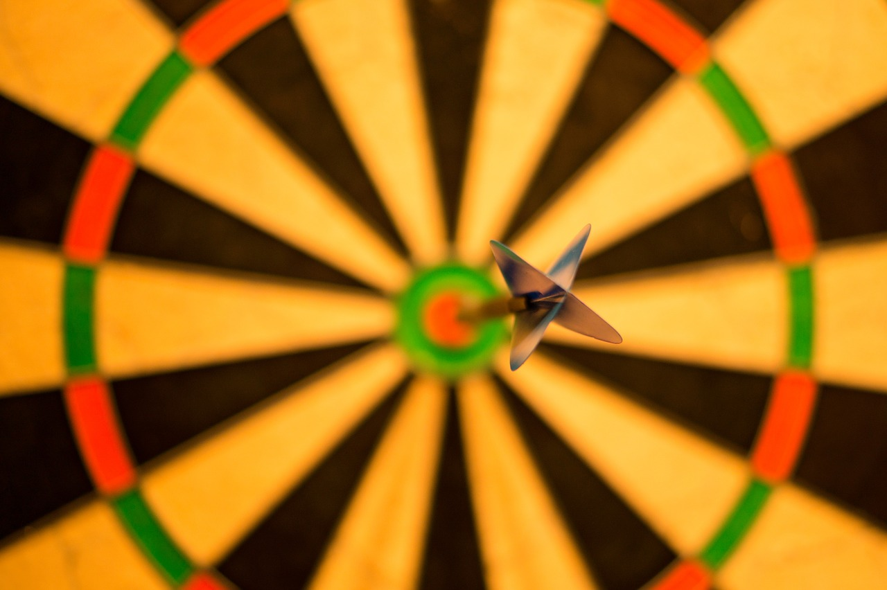 perfect dart game shot for improving confidence
